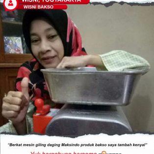 Wisni Bakso : Produksi Bakso Saya Jadi Tambah Kenyal dengan Mesin Giling Daging Maksindo